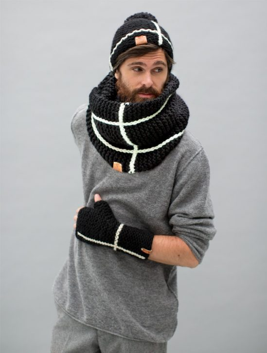 grofgebreide colsjaal bobbi zwart wit streep